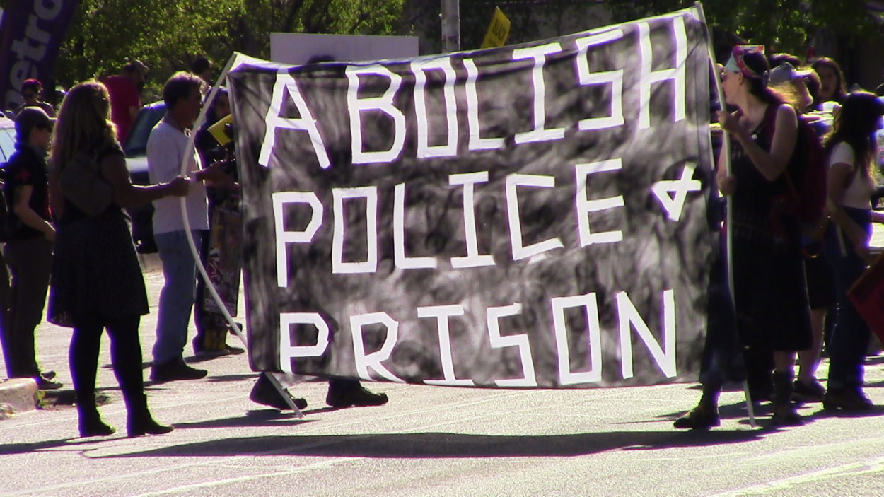 ABQ residents stand in solidarity with Baltimore without major incident (VIDEO)