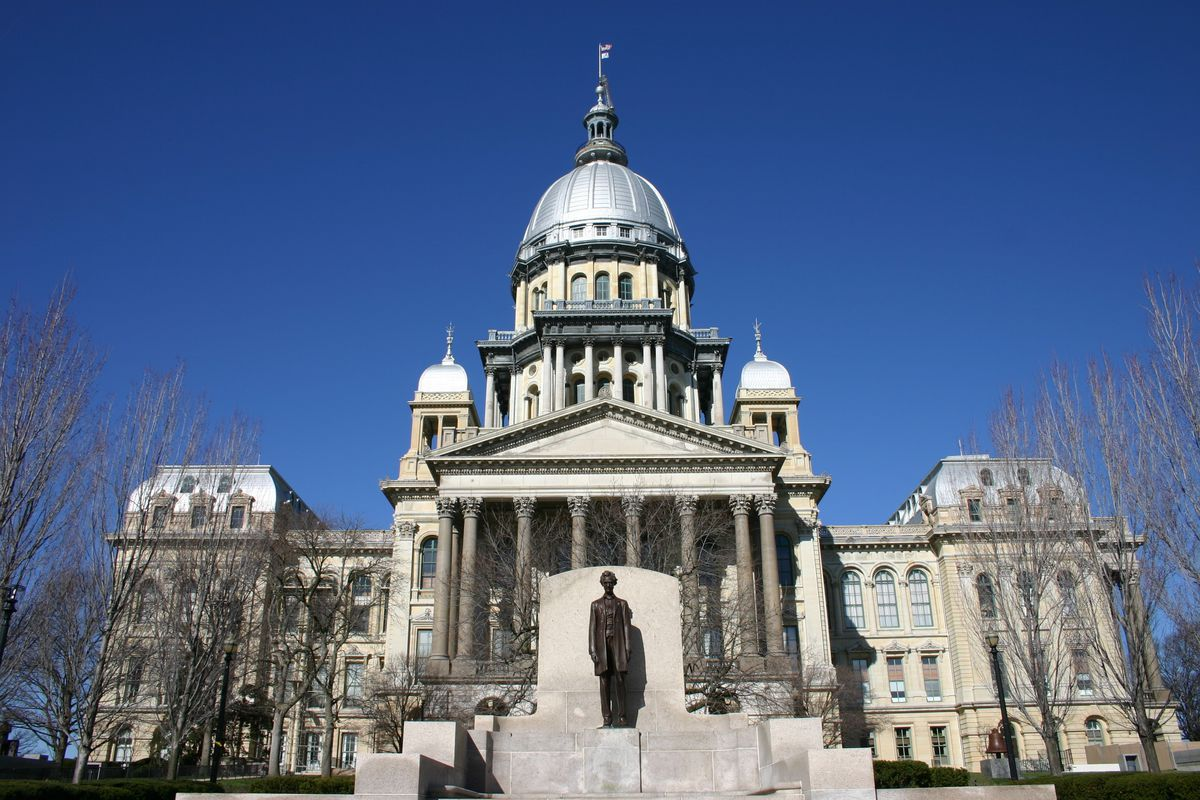 Another minority group challenges Illinois' legislative maps